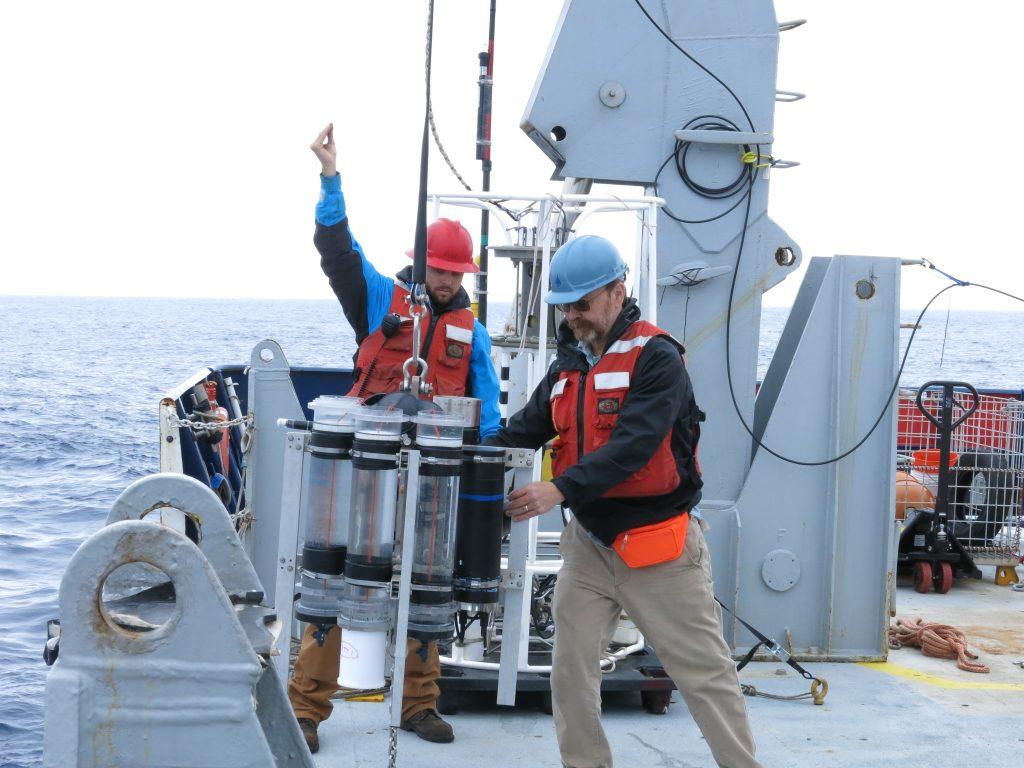 Ken and Matt deploying STT on r/v Revelle. Photo by Alyson Santoro.